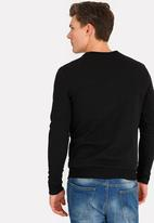 STYLE REPUBLIC - Quilted Crew Neck Sweatshirt Black