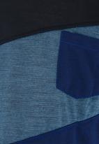 Twin Clothing - Short Sleeve Colour Block T-shirt Blue