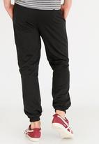 STYLE REPUBLIC - Plain Fleece Jogger Black