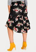 STYLE REPUBLIC PLUS - Bodycon skirt with tiered hem - multi