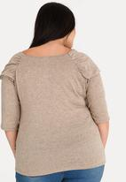 STYLE REPUBLIC PLUS - Knit Top with Chain Stone