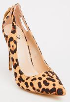 STYLE REPUBLIC - Leopard Courts with Tassel Detail Multi-colour