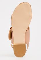Footwork - Edie Buckle Detail Sandals Mid Pink