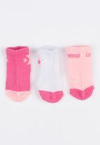 Converse - 3 pack gripper socks Mid Pink