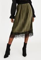 edit - Lace Trim Velour Skirt Dark Green