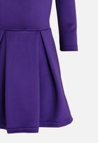 Rebel Republic - Cold Shoulder Dress Mid Purple