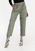 c(inch) - Military Pants Dark Green