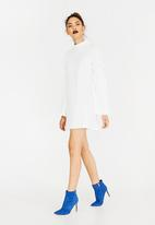 c(inch) - Paperbag Sleeve Dress Off White