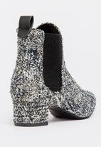 Dolce Vita - Vara Ankle Boots Black