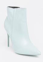 Dolce Vita - Sydney Ankle Boots Pale Blue