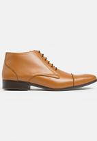 STYLE REPUBLIC - Toe Cap Lace Up Boots Tan