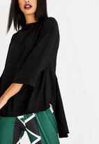 Leigh Schubert - Macartney Longer Length Blouse Black