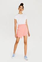 Converse - Star Chevron Track Skirt Pale Pink