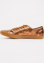 Levi's® - Frankie Lace-up Sneakers Rose gold
