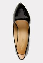 Seduction - Court Heels Black