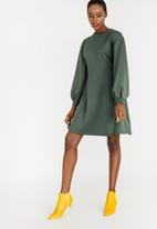 STYLE REPUBLIC - Fit and Flare Volume Dress Dark Green