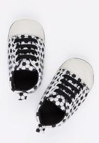 POP CANDY - Lace Up Sneaker Black and White