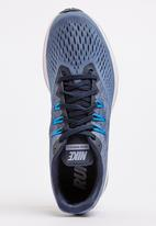 Nike - Nike Air Zoom Winflo 4 Runners Mid Blue