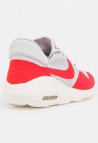Nike - Nike Air Max Sasha Sneakers Red