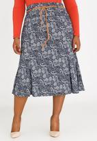 edit Plus - Lace Print Flare Hem Skirt Navy
