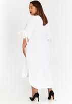 Plus-Fab - Kenetswe Linen Dress White