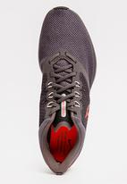 Nike - Nike Zoom Strike Runners Dark Grey