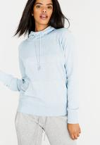 New Balance  - Essential Hoody Blue