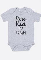 Funky Shop - New kid in town baby grow- grey
