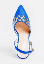 Miss Black - Mekhi Court Heels Blue