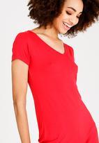 c(inch) - V-Neckline Bodycon Dress Red