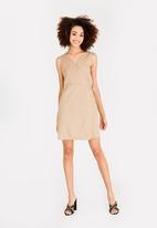 STYLE REPUBLIC - Basic Wrap Dress Camel