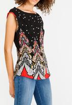 Revenge - Floral Top with Pearl Detail Black