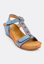 Butterfly Feet - Syeda Wedges Blue
