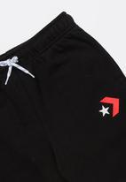 Converse - Converse star chevron graphic short - black