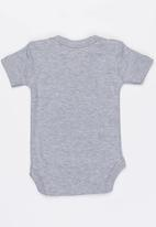 Funky Shop - Baby slogan baby grow - grey