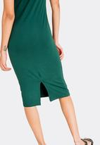 c(inch) - Fitted T-Shirt Dress - Dark Green