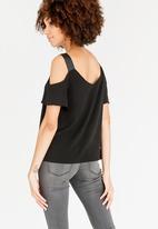 c(inch) - Cold Shoulder Blouse Black