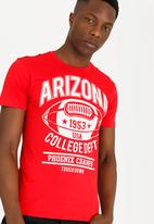 STYLE REPUBLIC - Arizona Tee Red