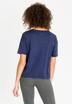 New Balance  - Essential repeat tee - navy