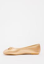 POP CANDY - Bow detailed pump - gold