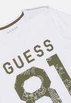GUESS - Guess 81 printed tee - white