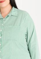 STYLE REPUBLIC PLUS - Basic shirt - green