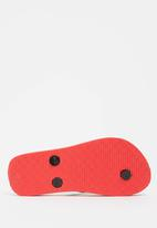 POP CANDY - Printed flip flops - red & black