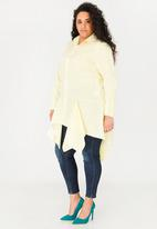 Leigh Schubert - Marylbone shirt with hanky edges - pale yellow