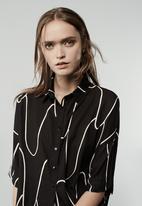 SELFI - Energy Wave Short-sleeve Shirt