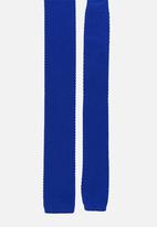 STYLE REPUBLIC - Knitted Tie Blue