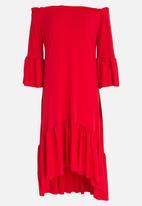 STYLE REPUBLIC - Bardot Volume Dress Red