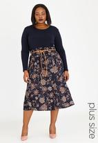 edit Plus - Printed Flare Hem Skirt Multi-colour