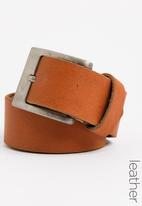 STYLE REPUBLIC - Nappa Leather Casual Belt Camel