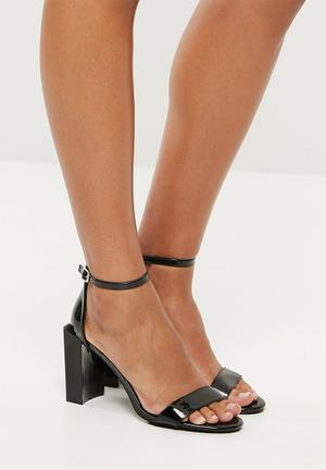 1046f89f3c2 Feature block heel barely there sandal - black